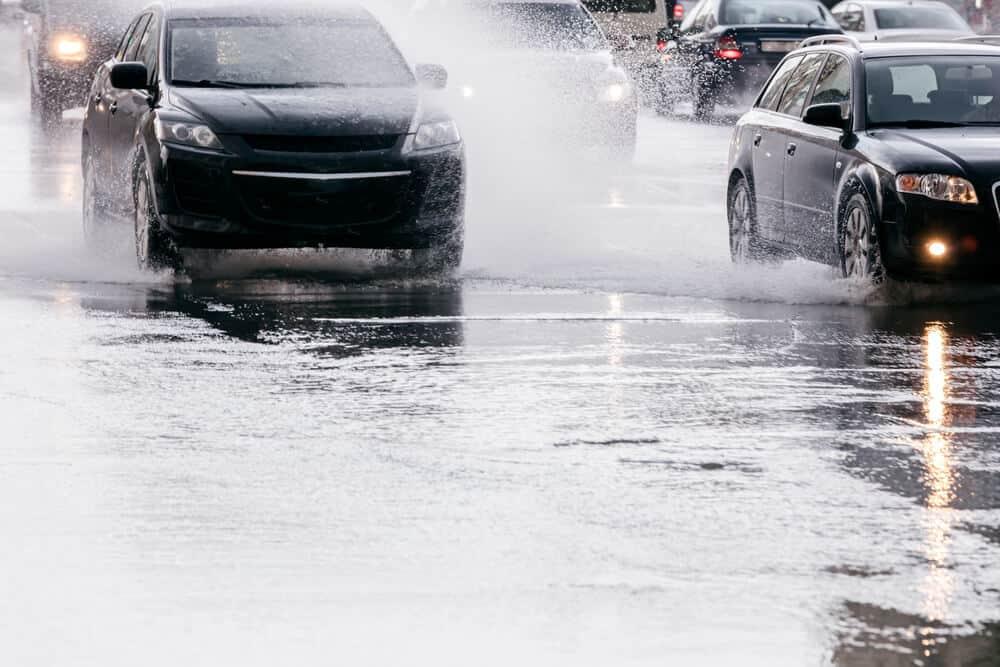 splashing cars